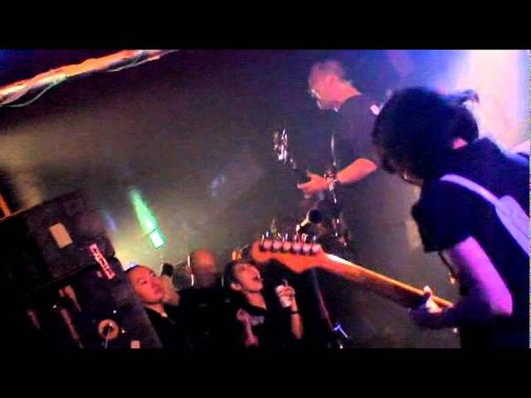 コロボックルズ チカリ MV (from 2011.8.21 on sale「満月ロックンロール」)