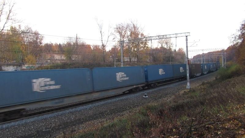 Электровоз ВЛ10-1776 с грузовым поездом перегон Нара-Латышская 14.10.2018