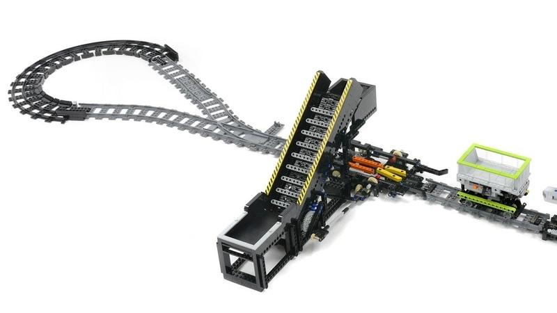 Lego Railway System Loader module, through type