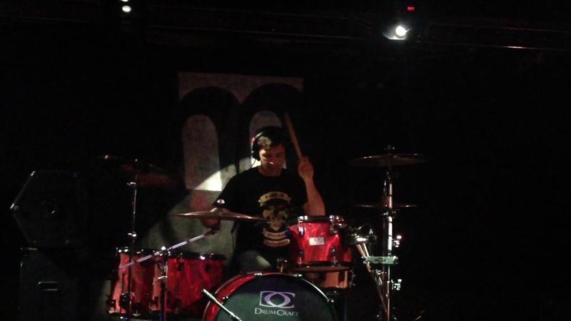 Выступление Александра Поручика Щиголева на отчётном концерте барабанной школы Пульс 02 12 2016