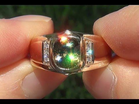 GIA Certified Natural Color Change FLASH Demantoid Garnet Diamond 18k Men's Ring - C758
