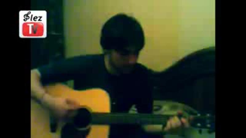 V Аюбов на гитаре ♬ Не терзай мое сердце Тебя я люблю♬ 3gp
