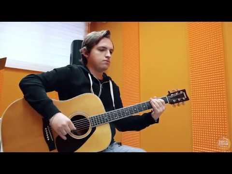 Дмитрий Федосеев - преподаватель по классу акустическая гитара. Voice-Studio School