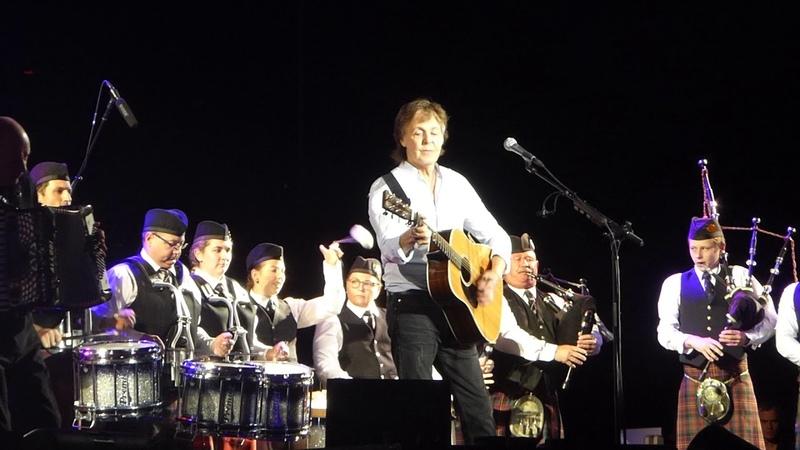 Paul McCartney Mull Of Kintyre Brisbane Australia 09 December 2017