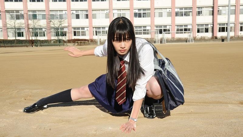 小松菜奈が全力疾走! 映画「恋は雨上がりのように」主題歌「フロ12531