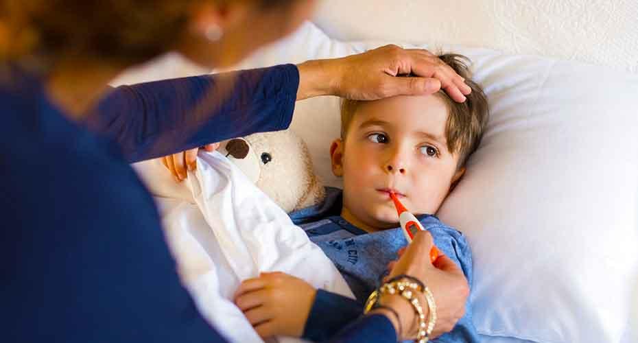 Среди наиболее уязвимых к серьезным осложнениям от свиного гриппа - маленькие дети.