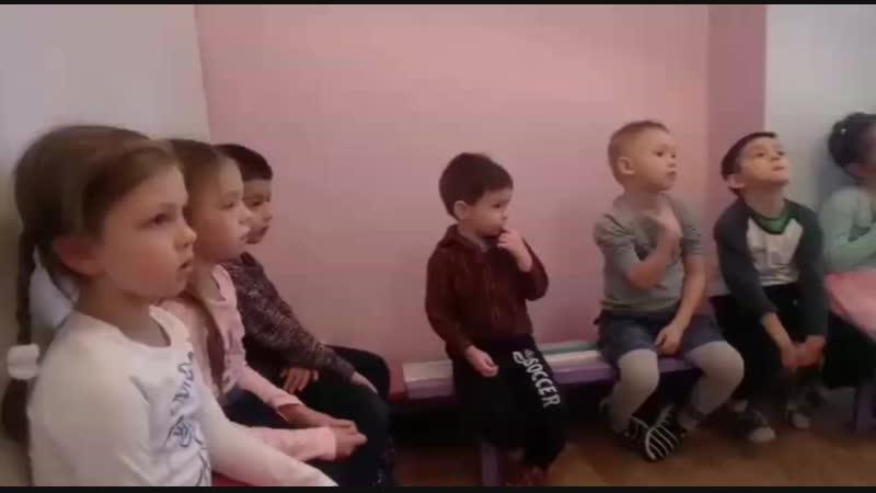В дс 7 возобновились занятия по английскому языку! Педагог Февзиева Эльмира Февзиевна