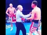 Тот момент в боксе, когда рефери выдерживает лучший твой удар.