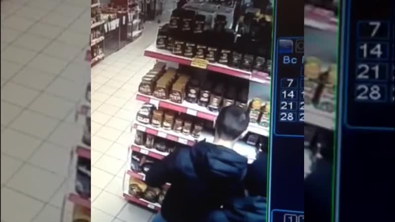 Внимание! Розыск подозреваемых в хищении из сетевого магазина 10 банок кофе