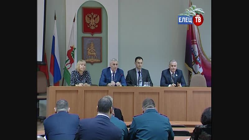 На заседании антитеррористической комиссии обсудили вопросы безопасности при подготовке и проведении новогодних праздников