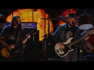 Neil Young _ Promise of the Real - Powderfinger (Live at Farm Aid 2018)