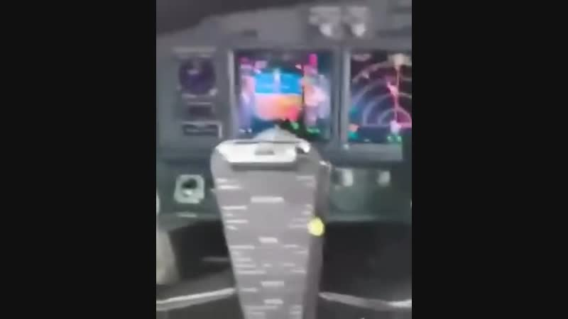 Запуск самолета Boeing. Реальный звук