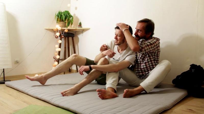 Как поддержать человека - виды телесной психологической поддержки. Отрывок лекции Антара Мандира