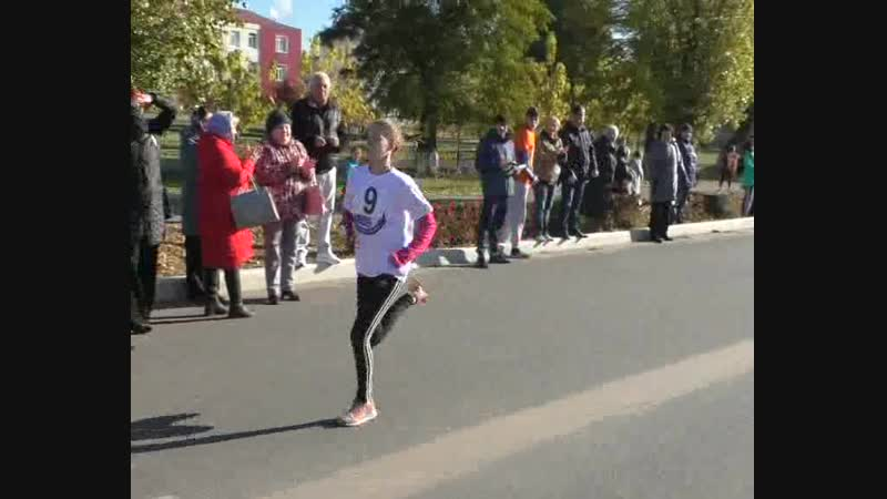 Среди учащихся школ города и района, СУЗов состоялась легкоатлетическая эстафета, посвященная 100-летию создания комсомола.