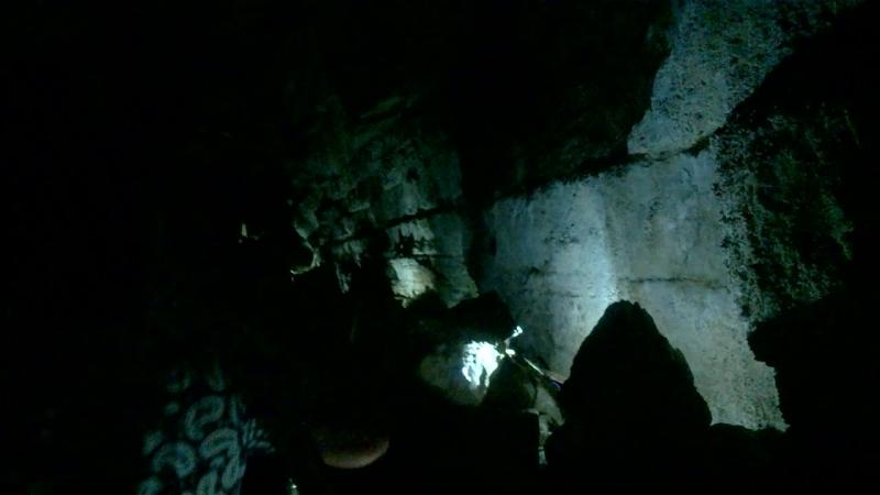в Новоафонской пещере находящейся под склоном Иверской горы Абхазия сентябрь 2018