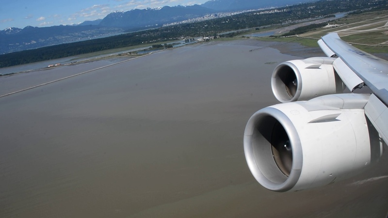 BEST VIDEO EVER! KE72 TAKEOFF YVR-ICN 747-8I