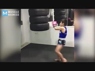 10 years old muay thai monster - ramadan ondash - muscle madness(1)