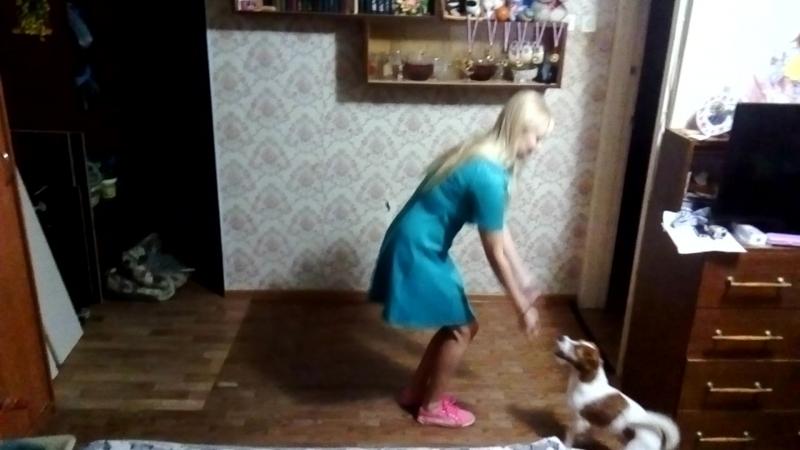 желтые Екатерина Рязанцева и Шерлок Скуби ду
