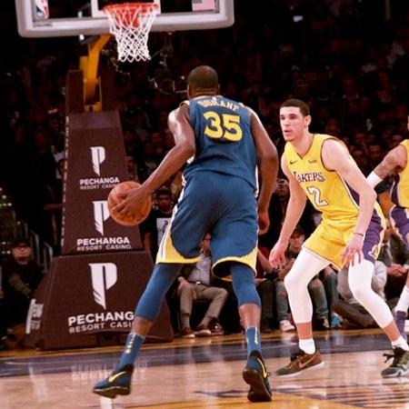 """NBA Latam on Instagram: """"🎥 Phantom Cam de Kevin Durant. Se desmarca y anota contra la 🚨"""""""