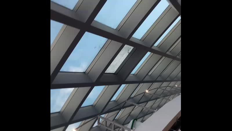Демонтаж опасных треснувших стеклопакетов услуги альпинистов МСК ПРОМТЕХАЛЬП - в МФК Башня Федерации (Москва Сити)