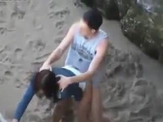 Скрытая камера секс на пляже крыма