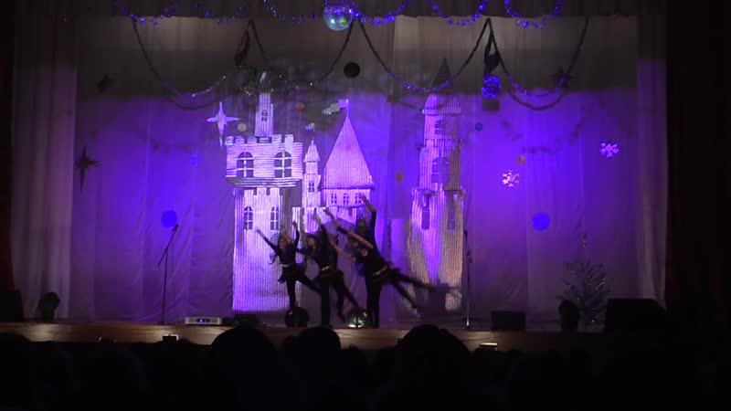 Архив 2013 г. Ведьмочки (подготовительная группа образцового ансамбля танца Каламита)