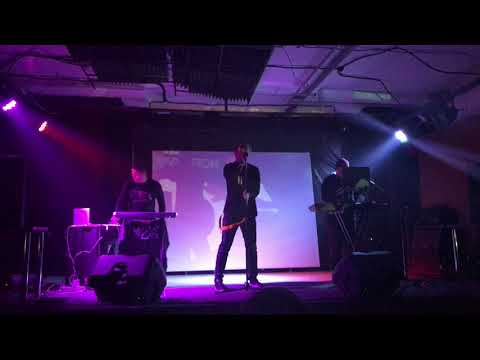 Zheks (of Radiomun) New Version - World in My Eyes (DM Cover, Garage, Kaluga, 17.11.2018)