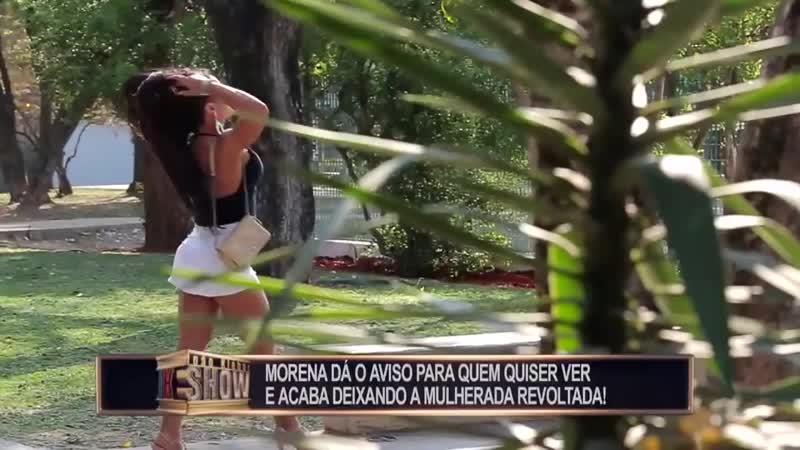 Morena levanta saia e dá aviso para os marmanjos_HD.mp4