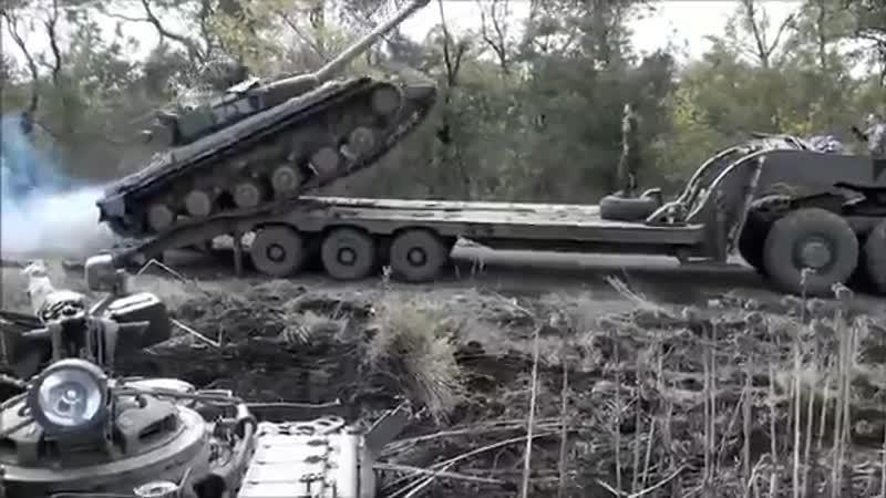 [v-s.mobi]Бойцы ВСУ перевернули танк.mp4