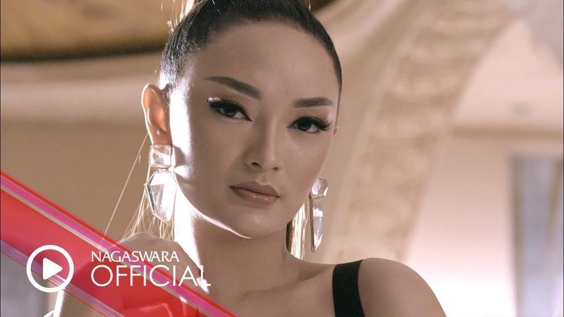 Zaskia Gotik Paijo feat RPH Donall Official Music Video NAGASWARA music