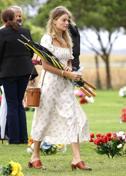 Айрлэнд Болдуин Кэри РасселМэнди МурМарго РоббиРоузи Хантингтон Уайтли
