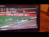 В Арканзасе во время матча по американскому футболу упал фонарь