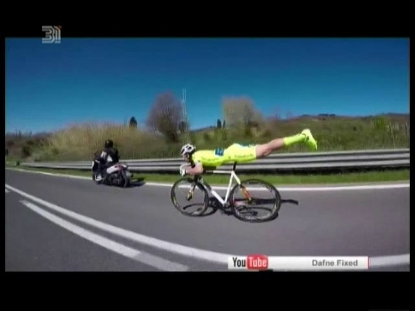 Учите физику. Как велосипедист из Италии выиграл гонку при помощи попутного ветра? ВИДЕО