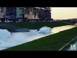 Ночные гидроциклы на Матисовом канале - БЖonline | Балтийская Жемчужина