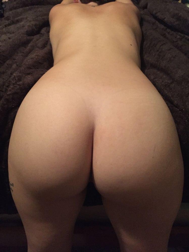 Milfs with big boobs love creampie