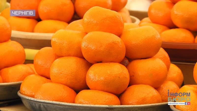 Мандариновий бум: у Чернігові популярні цитрусові перевіряє лабораторія