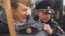С портретом Сталина не пустили на шествие Бессмертного полка