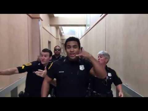 Флешмоб от американской полиции / Your wait is over! Norfolk Police challenge
