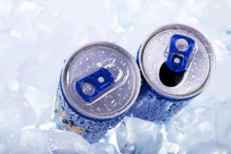 Многие из самых популярных энергетических напитков содержат значительное количество таурина.