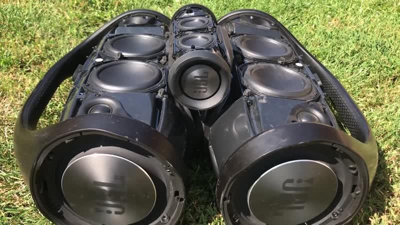 Bass Test - 2x JBL Boombox JBL Charge 3