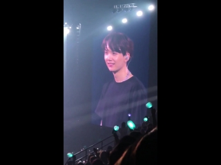 """(fancam) 180920 Yoongi being cute and extra @ BTS World Tour """"LOVE YOURSELF"""" inHamilton Day 1"""