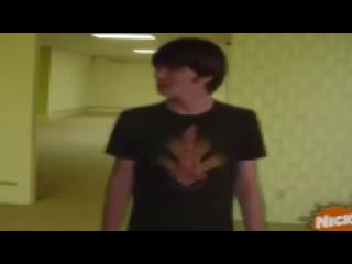 Drake and josh noclip to the backrooms