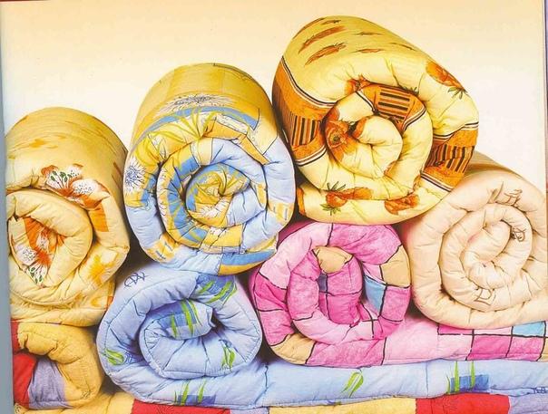 как стирать одеяла из разных материалов как стирать одеяло из синтепонасинтепоновые одеяла стирать обычно проще всего, ведь синтепон при стирке не «сваливается», а значит одеяло после стирки не теряет свой первоначальный вид. как правило, одеяла из