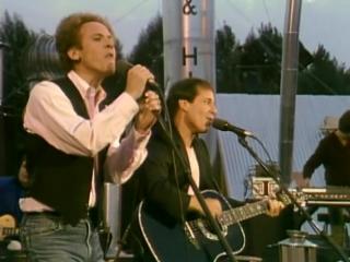 Simon _ Garfunkel - Mrs. Robinson (from The Concert in Central Park)