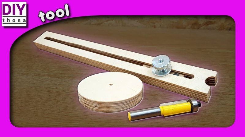 Adjustable circle jig for router table