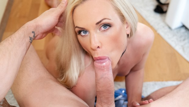 Orgasms.xxx - Czech blonde fucks eager boyfriend