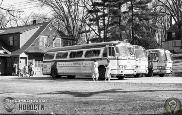Пропавший из едущего автобуса Городок Беннингтон в штате Вермонт (США) насчитывает всего около 15 тысяч человек, однако он таит в себе немало загадок, которые до сих пор никто не разгадал. Самым