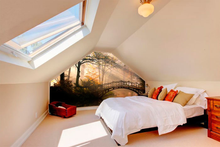 Каковы плюсы и минусы мансардной спальни?