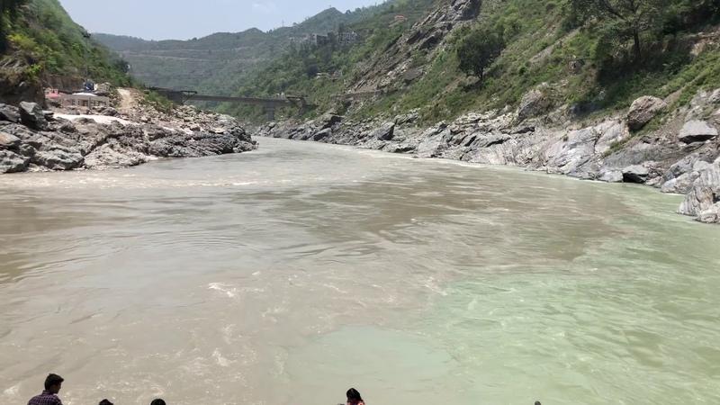 Доктор Правин Ратхи о смысле Сангам Девпраяг слияние рек Бхагиратхи и Алакнанда Начало Ганги