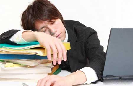 Люди с низким уровнем энергии, такие как люди с синдромом хронической усталости, могут обнаружить, что дополнительный аланин помогает минимизировать постоянное чувство усталости